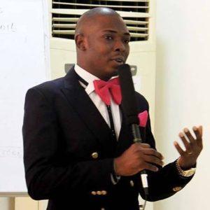 SAMPLE RESUME: Dayo Adetiloye CV